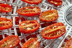 Простой способ сделать вяленые томаты дома