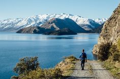 An afternoon stroll around Lake Hawea, South Island, New Zealand ~ World Photography, Travel Photography, New Zealand Itinerary, Beautiful Streets, Cool Countries, Ultimate Travel, Travel Alone, Best Hotels, Travel Around The World