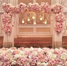 Love these colors for a romantic wedding theme!