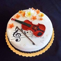 Musical notes and violin cake Music Themed Cakes, Music Cakes, Fondant Cake Designs, Fondant Cakes, Deco Cupcake, Cupcake Cakes, Violin Cake, Bolo Musical, Piano Cakes