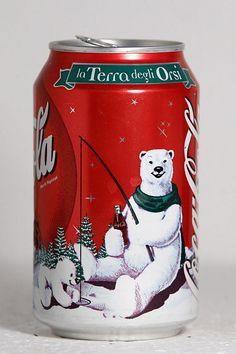 1999 Coca-Cola Italy Christmas Polar Bears - remember these ? Coca Cola Life, Coca Cola Santa, Coca Cola Christmas, Coca Cola Polar Bear, World Of Coca Cola, Coca Cola Bottles, Coke Cans, Pepsi Cola, Sodas