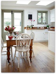 lovely cottage kitchen