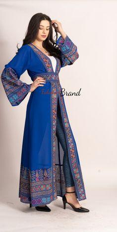 Abaya Fashion, Muslim Fashion, Fashion Dresses, Afghani Clothes, Indian Designer Outfits, Mode Hijab, Dress Long, Muslim Long Dress, Womens Fashion