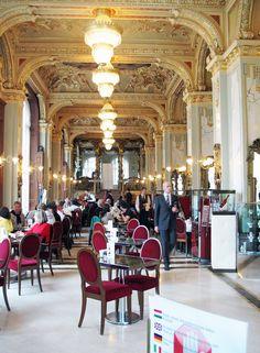 New-York Café, Budapest.    Fancy-schmancy