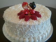 Floating tiers wedding cake - Gluten-free rice flour, Cage-free/organic eggs. #itscaketime