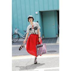 ドロップスナップ!IZUMI (イヅミ), モデル   droptokyo Fashion Colours, Colorful Fashion, Street Snap Fashion, Asian Style, Her Style, High Waisted Skirt, Fashion Photography, Normcore, Fancy