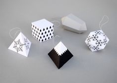 Paper decorations from the Minieco blog.
