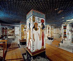 La tumba de la reina Nefertari · National Geographic en español. · Grandes reportajes