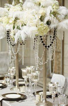 1940s Hollywood Glamour Wedding Inspiration #wedding #weddinginspiration…