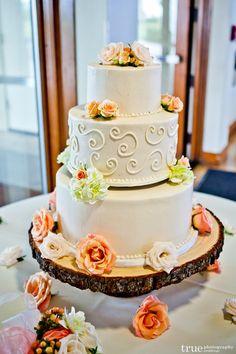 Feast Your Eyes on These 36 Amazing Wedding Cakes - MODwedding