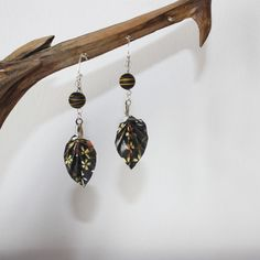 Etsy - Shop for handmade, vintage, custom, and unique gifts for everyone Origami, Drop Earrings, Etsy, Jewelry, Handmade Gifts, Ears, Unique Jewelry, Shape, Boucle D'oreille