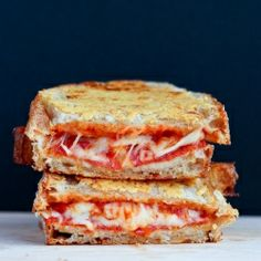 Parmesan Crusted Pepperoni Pizza Grilled Cheese {recipe}