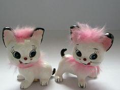 Kitten Salt & Pepper 1950s Pink Fur Ceramic Japan