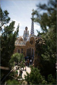 Park Güell – the green garden of Barcelona by Antoni Gaudi - Barcelona, Spain/Spanien #Barcelona #Spain