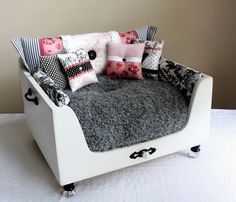 Home Interior, Beautiful Dog Beds for Your Lovely Dogs and Puppies: White Beautiful Dog Beds Made Of Wood