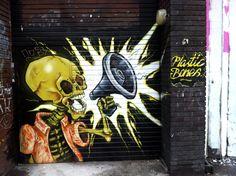 Unknown Artist : londres-graffiti-shoreditch-uk-urbain