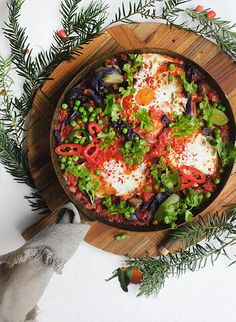 Recipe taken from Healthy Christmas Leftovers The smoky heat of a shakshuka works wonderfully with leftover vegetables thrown into the sauce. Here (given the festive time of year), I used leftover … Carb Free Recipes, Healthy Recipes On A Budget, Healthy Gluten Free Recipes, Healthy Eating Recipes, Veggie Recipes, Vegan Breakfast Options, Gluten Free Recipes For Breakfast, Clean Eating Breakfast, Clean Eating Diet
