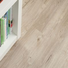 Amtico Spacia Sun Bleached Oak (flooring)
