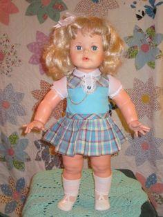 """1960's Estrela 23"""" Kissy Doll True Platinum Blond Twist Wrist Brazilian Made"""
