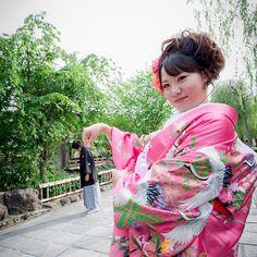 新郎様が…!?♡♡ 仲良しなお2人のおちゃめなショットです♡  #Kyoto#京都#Japan#和装#着物#色打掛#結婚式#結婚#wedding#ウェディング#ブライダル#結婚準備#プレ花嫁#花嫁#weddingphoto#weddingphotography#ウェディングフォト#weddingphotographer#結婚式の写真#結婚写真#前撮り#和装前撮り#ロケーションフォト#ロケーション撮影#幸せ#撮影#スタジオゼロ