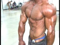 Watch Bodybuilder Kevin Perod pumps and poses backstage at the 2009 NPC Branch Warren Bodybuilding Event held July 11 in Conroe, Texas. Kevin won the overall title in the men's open bodybuilding division. http://www.masterofmuscle.com/model-the-best/