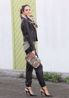 """Standing Tall   """"My All-Weather Must-Have: The Pencil Skirt""""   Front Roe, a fashion blog by Louise Roe"""