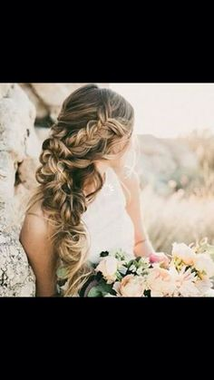Half updo, side braid
