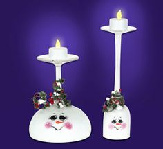 "Holiday Cheer Snowman Candle Holder  DELTA MATERIALS:  PermEnamel Paint  450080202 Tangerine  450290202 Ultra White  450340202 Black  450400202 Fire Red       OTHER SUPPLIES:  Assorted wine & margarita glasses  1"" flat brush  18/0 liner brush  1/4 stipple brush  Delta Decorative Tub O Snow       PROJECT DESIGN:  Click Here To Download  INSTRUCTIONS:  Make sure glasses are clean and lint free, refer to picture and pattern for placement.    Using the 1"" brush, paint the inside of th..."