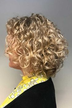 20 Hairstyles for Thin Curly Hair That Look Simply Amazing : Curly Blonde Balayage Bob
