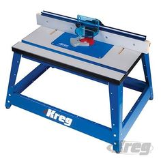 De compacte freestafel bied alle eigenschappen van een grote, indsutriele freestafel. Stalen frame met trilling-verminderende rubberen voeten. Schokbestendige E