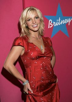 aAfkjfp01fo1i-18440/loc22/_Britney_Spears_Pushes_Her_New_Perfume_1.jpg