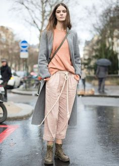 Best Paris Fashion Week Street Style Fall 17 | StyleCaster Grey duster coat, pink sweater and pants