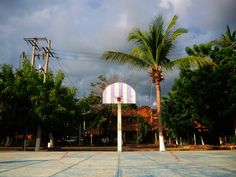 Basket & Coco #mazunte #pictureoftheday #photodujour more at http://ift.tt/2dvBbZz #photography #photographie #photoblog #travelblog