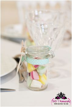 Un mariage pastel dans le Calvados Wedding Gifts For Guests, Wedding Favours, Wedding Table, Our Wedding, Old Fashioned Candy, Wedding Planner Book, Guest Gifts, Pastel Party, Bat Mitzvah
