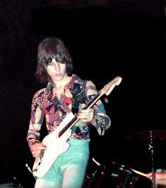 Jeff Beck with Beck, Bogert and Appice, Frankfurt by Klaus Hiltscher Peter Green Fleetwood Mac, Classic Rock Artists, Jeff Beck, Best Guitarist, Rock Legends, The Girl Who, Rolling Stones, The Beatles, Punk