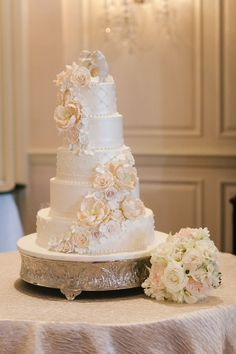 The bouquets will accent the cake table.
