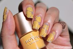 Nail art  Silver and yellow roses   Hi Sweeties! How are you? I've had a hectic…