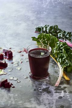 I'll Never Be Your Beets of Burden Juice - This beet, chard, apple, lemon, and lime juice is a powerful liver cleanser for the fall juice fasting.