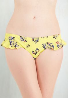 Well Worth the Wade Swimsuit Bottom. Get ready to rays the roof while clad in this lemon-hued swimsuit bottom from Mink Pink! #yellow #modcloth