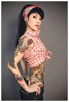 Pin up girls 26 2018 - Tattooed pin up models ...