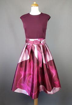 338f69e63388a8 Ted Baker dress Lyla Floral Midi Porcelain Rose Maroon skater 2 UK 10