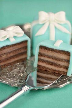 gift cake mint chocolate