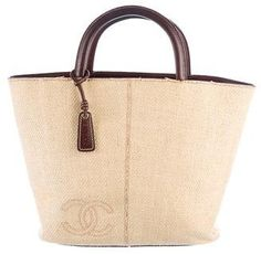 Chanel Vintage CC Straw Tote. I like this bag because it is very nice and it is easy to carry.