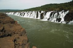 Maior cachoeira do mundo (1800mts de comprimento) Salto Yucumã, Rio Grande do Sul, Brasil