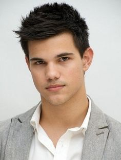 Godfather styles presents 25 Trending Haircuts For Men. Well Check this out to g… Godfather styles presents 25 Trending Haircuts For Men. Well Check this out to get some inspirations. Top Hairstyles For Men, 2015 Hairstyles, Haircuts For Men, Simple Hairstyles, Hairstyle Ideas, Woman Hairstyles, Men's Haircuts, Stylish Haircuts, Taylor Lautner