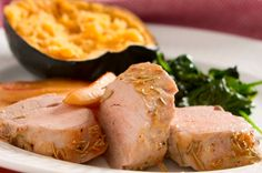 El lomo de cerdo es muy rico, la carne es jugosa y blanda, prueba esta receta de lomo de cerdo con nuez y manzana, notarás que el sabor dulce resalta el sabor de la carne.