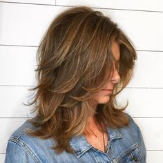 Warm Brown Hairstyle with Feathered Layers Hair 60 Best Variations of a Medium Shag Haircut for Your Distinctive Style Medium Layered Haircuts, Medium Hair Cuts, Medium Hair Styles, Curly Hair Styles, Haircut Medium, Haircuts For Medium Hair, Boy Haircuts, Double Chin Hairstyles, Brown Hairstyles