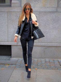 Valentino | Glam Lock crystal-embellished leather shoulder bag...nice