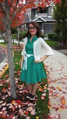 #polkadots #shirtdress #green #cardi #workwear #retro