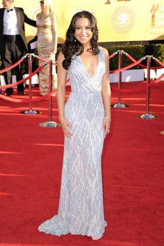 Naya Rivera in a Naeem Khan dress at the 2012 SAG Awards:  muy bonita!